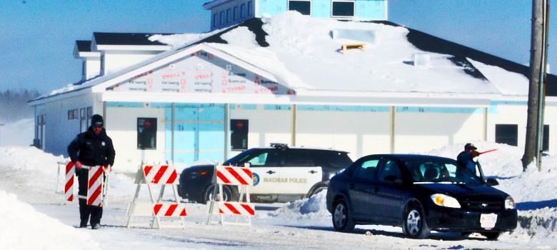 Dangerous Passage Causes Dike Closure